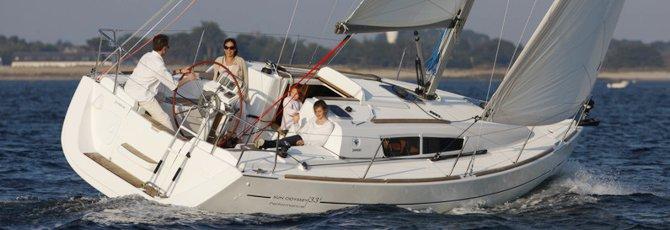 Jeanneau Sun Odyssey 33i Sailing Yacht