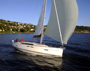 A Sun Odyssey 409 sailing yacht available for flotilla sailing holidays and bareboat charter from Greek Sails in Poros, Greece. Image courtesey & with permission of Chantiers Jeanneau S.A.