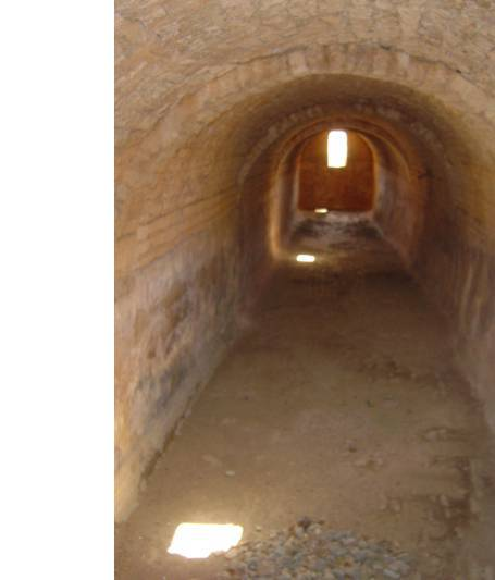Sailing holiday locations in Greece: The water cistern in which the collected rain water was stored