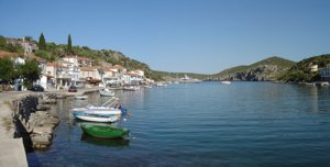 Enjoy beautiful & unspoilt anchorages as you explore the Greek islands on a flotilla holiday or bareboat yacht charter with Greek Sails